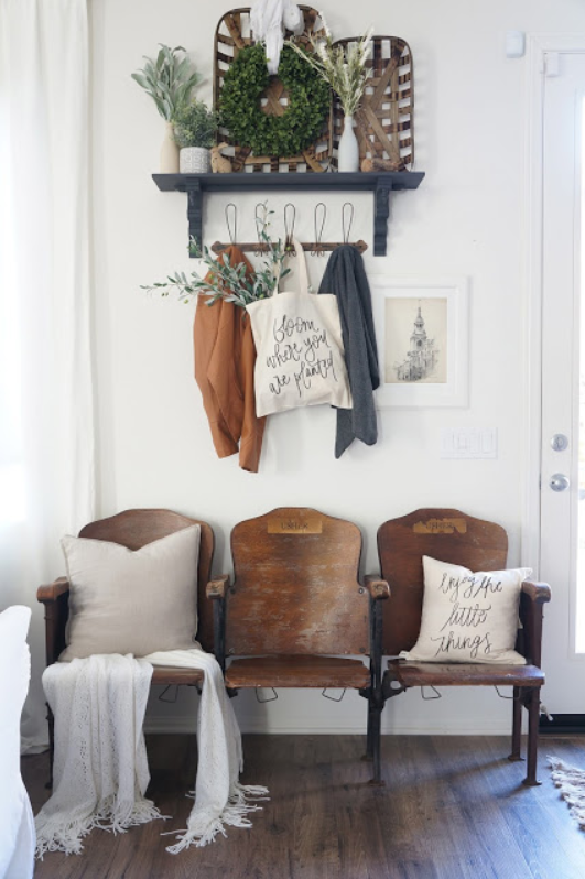 Mrs Rollman Blog_Entryway.png
