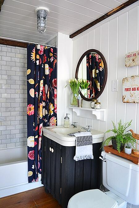 Angie's Roost_Guest_Bathroom_Renovation_Reveal_With_Marble_Subway_Tiles