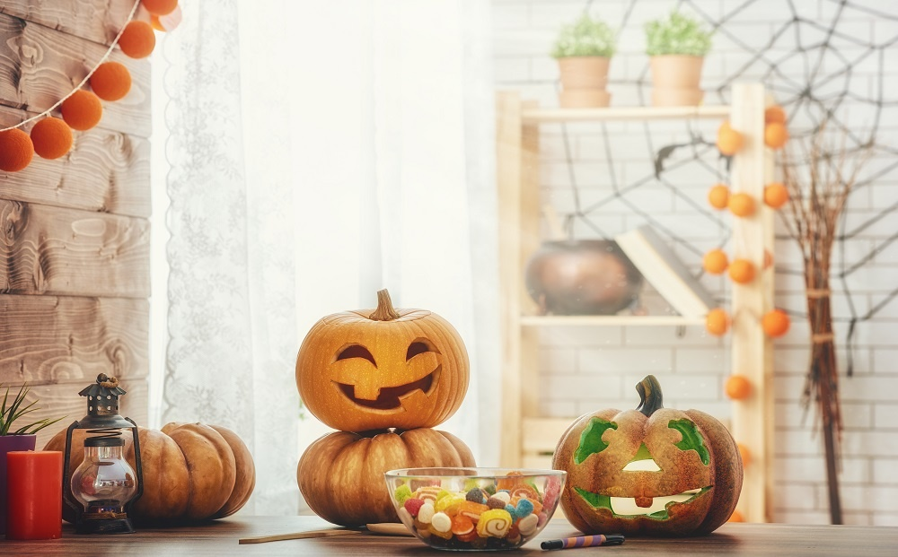 5 Tips to Host a Halloween Party
