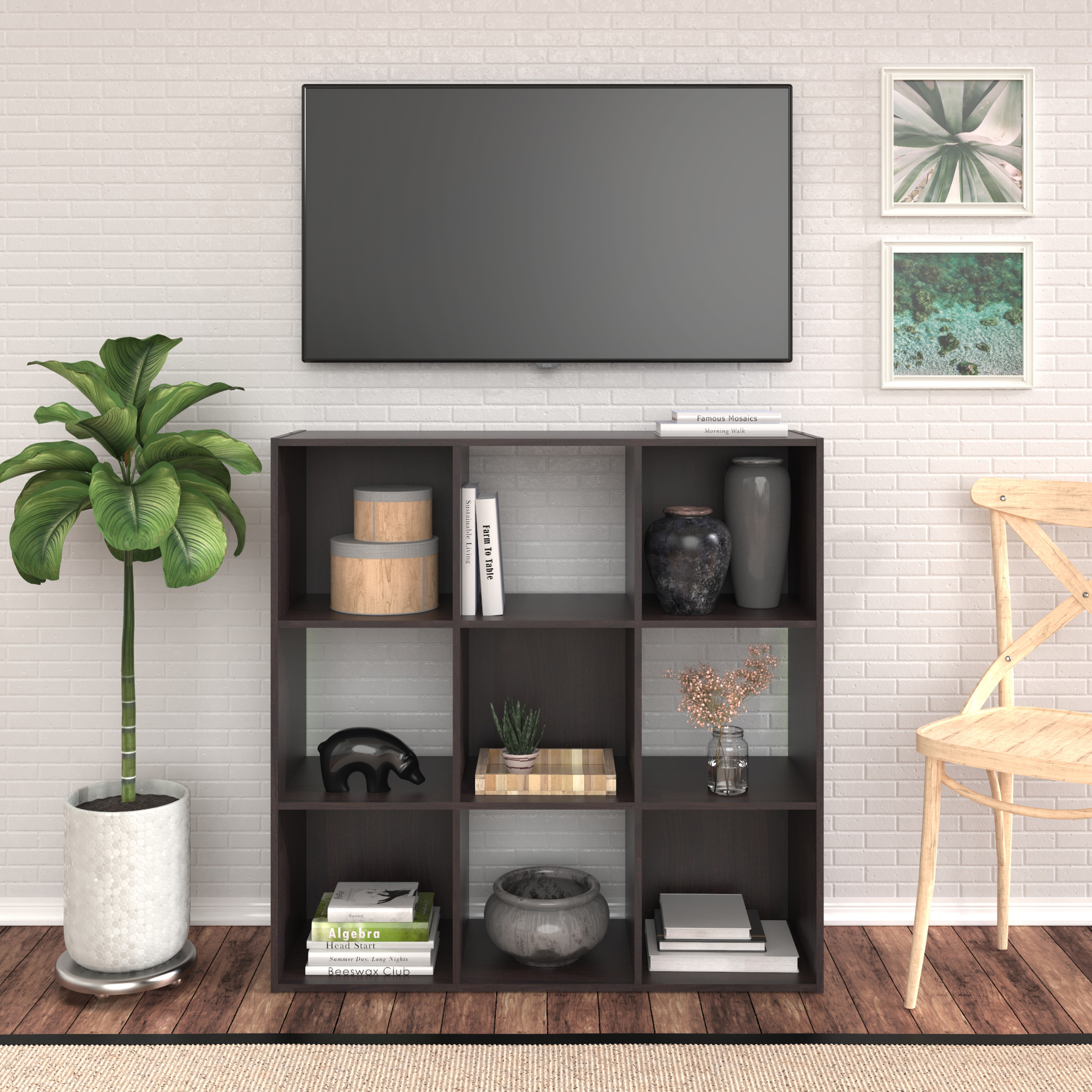7 Budget-friendly Ways to Organize Your First Place
