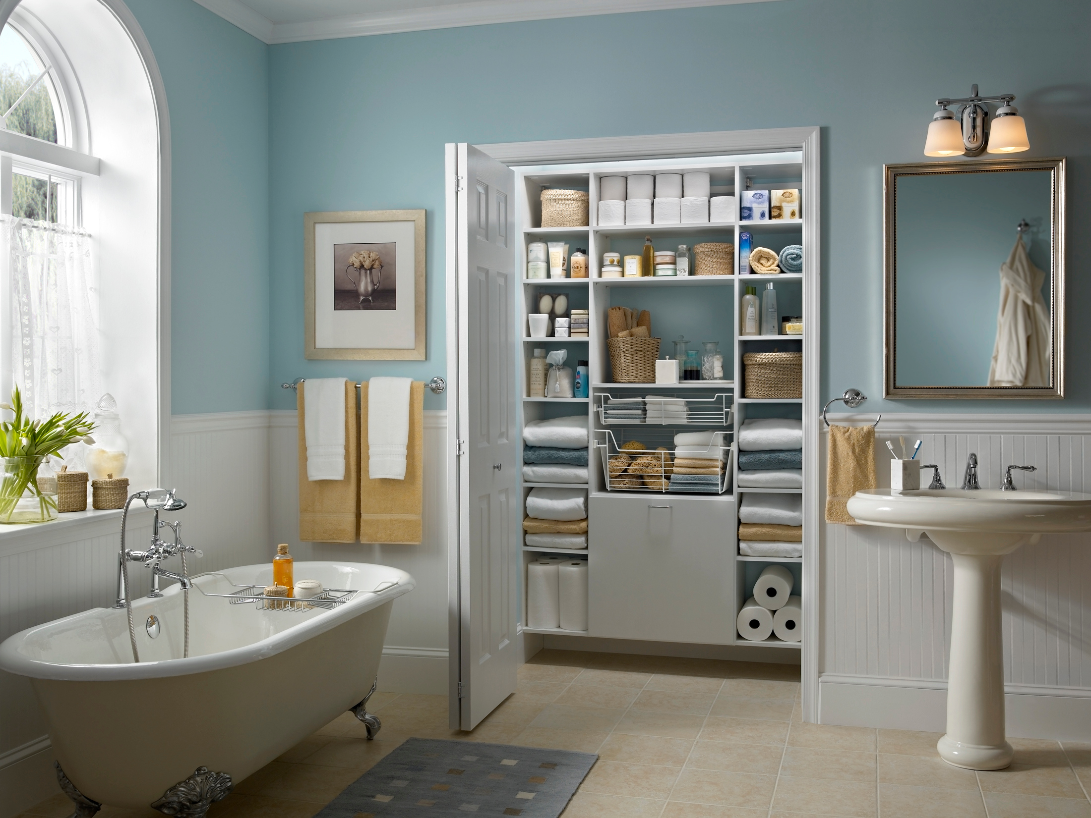 The Ultimate Guide for Cleaning and Organizing Your Bathroom